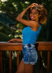 Valentina Bodden (01_0066) (ronnie.savoie) Tags: africanamerican black noir negra woman mujer chica muchacha girl pretty guapa lovely hermosa browneyes ojosnegros brownskin pielcanela portrait retrato model modelo modèle smile sonrisa sandybay roatan roatán honduras hondureña catracha bayislands islasdelabahía diaspora africandiaspora