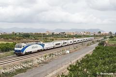 Old blue (ɢ. ʙᴇʀᴇɴɢᴜᴇʀ [ ō-]) Tags: 252 252070 70 blue clouds locomotora railway ffcc railroad renfe altaria talgo valencia