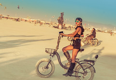 Unknowing Proposal (Stuck in Customs) Tags: blue burningman stuckincustoms stuckincustomscom treyratcliff 2018 marriage proposal engaged woman bike desert photo walk photowalk event portrait ring