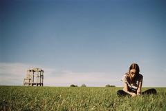 *** (Yuri Balanov) Tags: nature girl sunday sun russia pentax meadow filmphotography astrum astrumfilm kodakaerocolor aerocolor grass filmisnotdead staybrokeshootfilm analoguevibes cloudysky pentaxrussia pentaxz1 pentaxda40 village country kodakfilm film film35 35mm 35mmfilm portrait color colorful