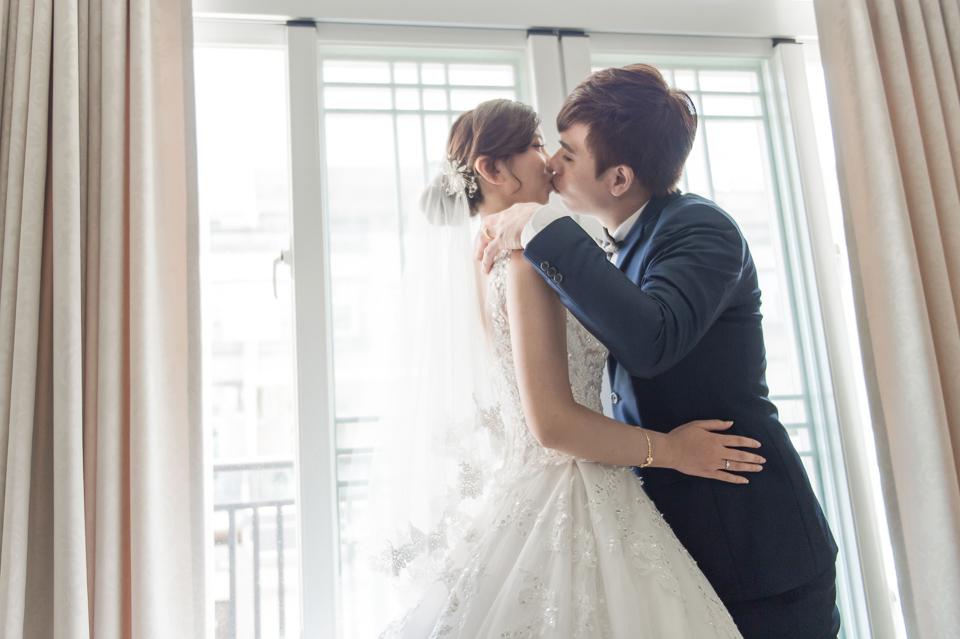 高雄婚攝 海中鮮婚宴會館 有正妹新娘快來看呦 C & S 082