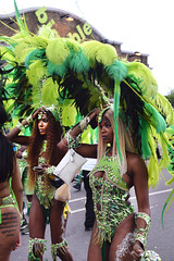 DSC_8284 Notting Hill Caribbean Carnival London Exotic Colourful Green and Black Costume with Ostrich Feather Headdress Girls Dancing Showgirl Performers Aug 27 2018 Stunning Ladies (photographer695) Tags: notting hill caribbean carnival london exotic colourful costume girls dancing showgirl performers aug 27 2018 stunning ladies green black with ostrich feather headdress