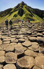 Giant's Causeway (abtabt) Tags: unitedkingdom uk northernireland sea ocean giantscauseway stone basaltcolumns worldheritage hill d70028300