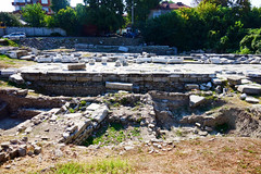 Plovdiv: Ruins of East Gate of Philippopol (I) (ARKNTINA) Tags: plovdiv plovdivbulgaria bulgaria bgr18 europe eur18 random6 city building architecture ruins ancientruins ancientphilippopol philippopol ancientphilippopolbulgaria philippopolbulgaria eastgatephilippopol