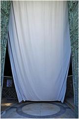 pisa 4 (beauty of all things) Tags: italien toskana gardinen pisa sakralesundbanales dom vorhang