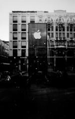 Milano Apple Store - pinhole (zibox1) Tags: pinhole blackandwhite analogue film 35mm milano applestore apple