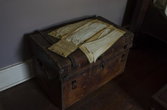 Trunk and Clothes (rschnaible (On Holiday)) Tags: rose hill plantation the south carolina old historic history circa 1811 trunk clothes interior