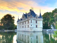 Another view of my favourite french castle (eva.trizzullo) Tags: sweet vintage history mysterious old lake mystery tale princess raw artistic original emotional creative feeling architettura arte kunst skies sky colours inspiration pretty lights vision art dream architecture yellow pink shotoniphone iphone8plus iphone chateau castle