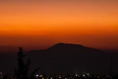 sunset (Damián_F) Tags: sunset mountain tree red orange santiago light longexposure telefoto montaña sol rojo naranja arbol nikon nikond3000 d3000 tokina tokina35200 35200 chile