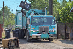 Peterbilt 320 - Heil DuraPack 7000 Garbage Truck (Thrash 'N' Trash Prodcutions) Tags: garbage trash refuse truck recycle recycling trucks heil durapack formula 7000 f7000 cframe arm asl automated side loader peterbilt 320 paccar rubbish sanitation disposal waste collection vehicle basindisposal bdi yakima wapato washington dumpster bin cart container municipal solidwaste trashmonkey22