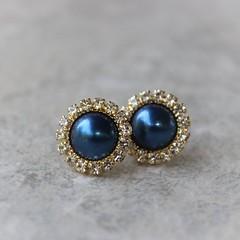 Gold and Navy Earrings, Navy Pearl Earrings, Navy and Gold Earrings, Navy and Gold Wedding Jewelry, Navy Blue Earrings, Bridesmaid Gift https://t.co/1wUgp48cRh #gifts #jewelry #earrings #weddings #bridesmaid https://t.co/KMhajMhaOf (petalperceptions.etsy.com) Tags: etsy gift shop fashion jewelry cute