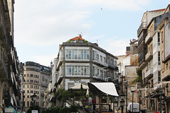 Vigo (hans pohl) Tags: espagne galice vigo streets rues architecture bâtiments buildings maisons houses fenêtres windows