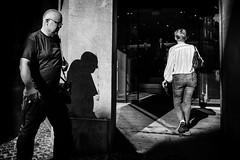 Images on the run.... (Sean Bodin images) Tags: streetphotography streetlife strøget seanbodin streetportrait light shadow dogs people photojournalism photography copenhagen citylife candid city citypeople spicollective dmjx everydaylife enhyldesttilhverdagen hverdagsliv hverdagskultur gadefotografi subway