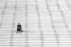 LoneSoMe (NikonStone (on and off)) Tags: nikon d7100 streetphoto streephotography lonesome some mobile smartphone communication paris france ladefense alone bw monochrome