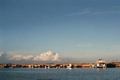 Iriomote harbour (Vinzent M) Tags: japan 日本 leica r r4 elmarit 35 agfa vista zniv iriomote 西表島