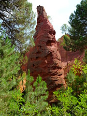 Le Sentier des Ocres (cosbrandt) Tags: gfx50s gf3264mm provence vaucluse red ochre rocks
