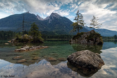 Rocky lake / Felsiger See (Steffen Schobel) Tags: hintersee lake see landscape landschaft rocks felsen mountains berge ramsau water wasser natur nature hochkalter spiegelung reflection hdrlook ngc clear klar