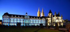 2013 - Décembre - Caen.064 (hubert_lan562) Tags: caen normandie noel 2013 mairie hotel ville projection ciel bleu light night 14 soir