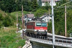 sem_180829_11 (Prefektionist) Tags: 1142 80200mmf28d austria bahn d700 eisenbahn loweraustria niederösterreich nikon oebb rail railroad railway semmering semmeringbahn train trains wolfsbergkogel öbb österreich semmeringkurort at