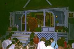 Bear (moacirdsp) Tags: bear big blue house animation courtyard disneys mgm studios walt disney world florida usa 1999