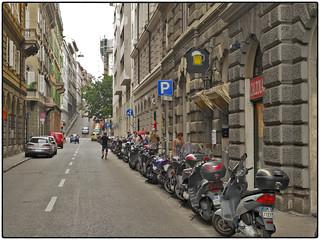 Day 9 • Trieste, Stadt der Vespen
