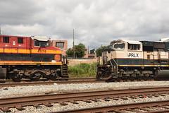 """Strangers Meet"" (tjtrainz) Tags: kcs kansas city southern belle ac4400cw 4575 meet prlx progress rail sd70mac 9556 ex bn burlington northern executive atlanta ga georgia division south district"