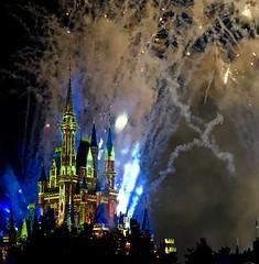 """Happily Ever After"" (moacirdsp) Tags: happilyeverafter magic kingdom fireworks show cinderellas castle disneys park walt disney world florida usa 2018"
