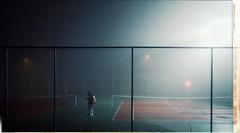 * (PattyK.) Tags: greece grecia griechanland hellas ellada griechenland snapseed amateurphotographer ελλάδα epirus ήπειροσ βαλκάνια balkans ioannina pedini fog mist night nightphotography whereilive tennis tennisplayer tenniscourt τένισ ομίχλη χειμώνασ winter πεδινή