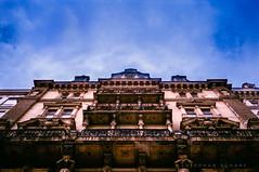 Old House in Vienna (ichbinnichtda) Tags: olympus xa2