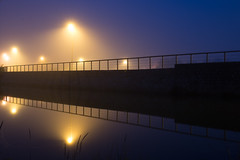 2018 Septembre - Lanester (Reflets).003 (hubert_lan562) Tags: lanester lorient morbihan reflet plessis ciel brouillard symétrie marée bretagne smog 56 2 lumière matin bleu reflect blue