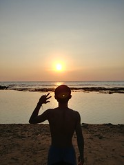 Sunset time #beach #sunset #scenery  In frame : ig @dekaerestio (Vyxra) Tags: beach sunset scenery