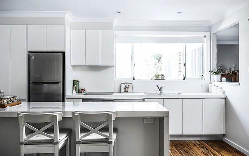 37 Clackmannan Rd, Winston Hills NSW 2153