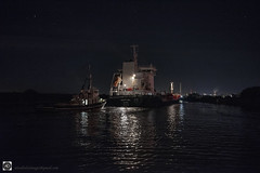 Passing ships in the night (alundisleyimages@gmail.com) Tags: night shipping tugs tanker havvaana manchestershipcanal rivermersey industry ports harbours maritime reflections northwestengland ellesmereport cheshire nikon manfrotto weather photography