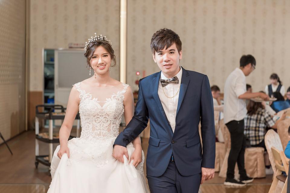 高雄婚攝 海中鮮婚宴會館 有正妹新娘快來看呦 C & S 130
