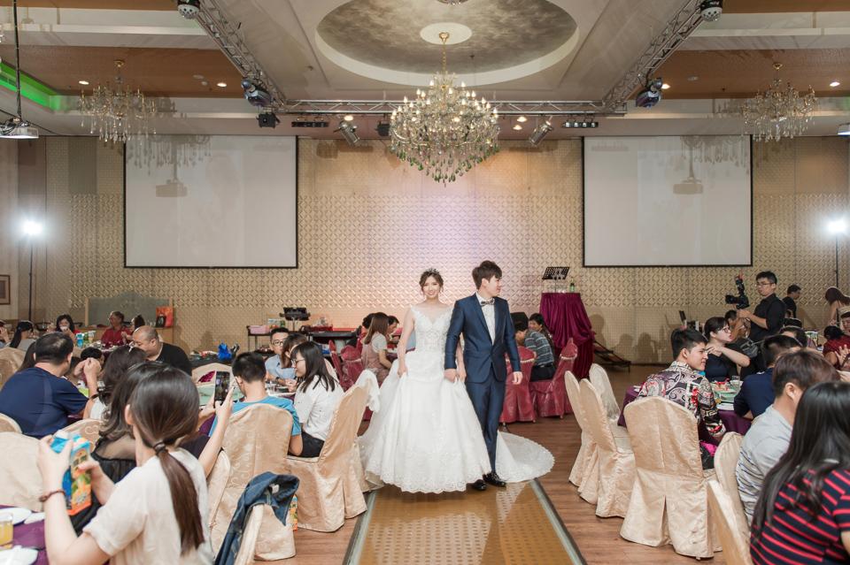 高雄婚攝 海中鮮婚宴會館 有正妹新娘快來看呦 C & S 128