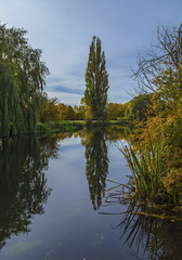 Ouse Reflecting (CraDorPhoto) Tags: canon6d river landscape water calm reflection outdoors nature sky blue trees uk cambridgeshire