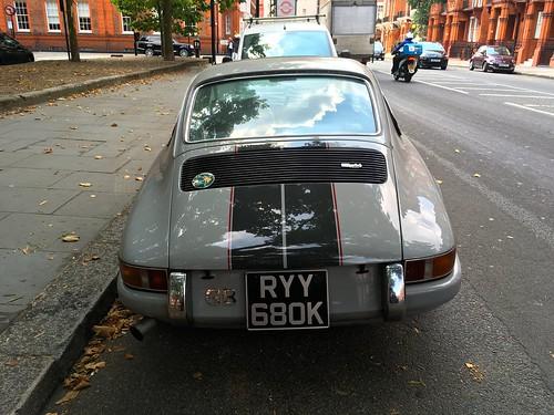 1972 air cooled Porsche 911 2.7Litre Boxer 6 cylinders