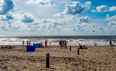 20180811_170244 (durr-architect) Tags: north sea beach castricum zee sand clouds people water light