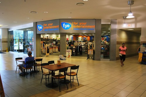 Usa Erie Pa Millcreek Mall Complex Fye Entertainment Store Near