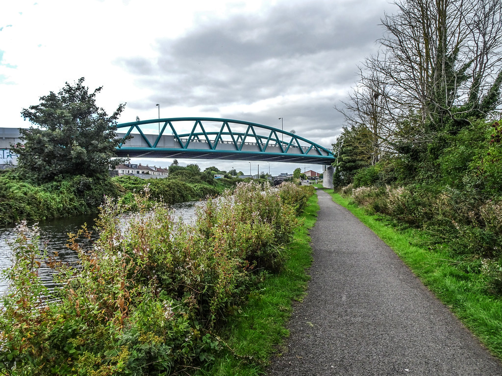 REILLY'S BRIDGE WAS REPLACED BY THE RATOATH ROAD OVERBRIDGE [IT IS A PITY THAT THEY DID NOT COME UP WITH A NAME FOR THE NEW BRIDGE]-143867