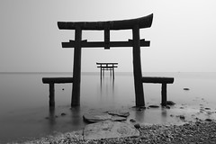 Echoes II (小川 Ogawasan) Tags: japan japon saga le nd longexposure 120s f90 24mm iso50 torii sacred echoes shinto