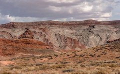 Mexican Hat, Utah (Barb McCourt) Tags: balancingrock sombrero mexicansombrero desertphotography desertvegetation desertlandscape desertsouthwest nikonphotography nikond810 colorimage rockformations utah mexicanhat