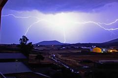 IMG_0364a (berserker170) Tags: strorm tormenta rayo ray bolt relampago naturaleza nature night noche 550d 18135mm canon flickrexploreme naturalezacautivadora