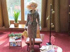 dio10-23 (Mid Century Phicen) Tags: midcentury phicen diorama fashionroyalty ooak 16scale playscale atomic retro dolls fashiondolls barbe