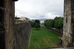 Fontarrabie, Esplanade devant la muraille médiévale (vincent_dandrieubergez) Tags: fontarrabie