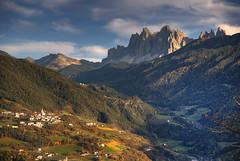 Dolomite Autumn (hapulcu) Tags: altoadige chiusa herbst italia italie italien italy klausen südtirol automne autumn autunno toamna