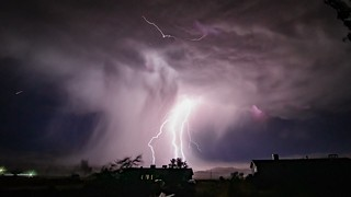 Owens Valley Lightning Storm 😳