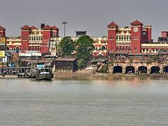 "Calcutta (toshu2011) Tags: india indien hindu hinduism gandhi hindi kolkata calcutta kalkutta west bengal bengali bengalen port city ganges hooghly river ganga megacity ""city joy"" cultural ""east company"" colonial era architecture howrah railway station"