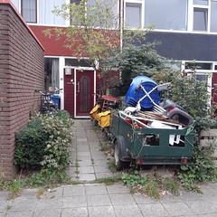 20180911_32 Kampen (NL) garden junk