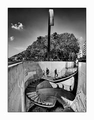 L'échangeur. (francis_bellin) Tags: 2018 voyage cartagène ciel espagne streetphoto cartagèna street blackandwhite noiretblanc monochrome photoderue escaliers ville septembre olympus